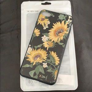 Sunflower phone case 🌻 BUY FROM DEPOP!!